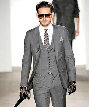 Класичні чоловічі костюми — вибираємо з трендових моделей 2015 018dd54bd1cf4