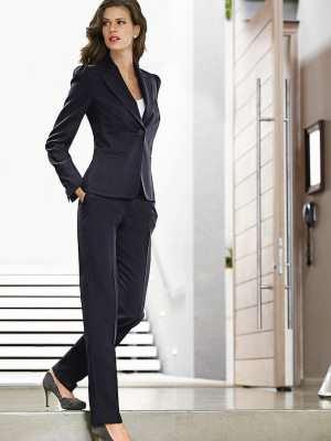 Жіночий брючний костюм з льону fddd2899e5f07