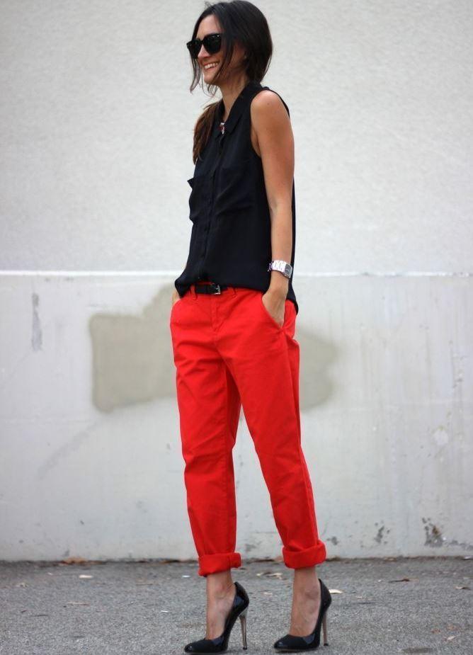 З чим носити червоні брюки влітку  9ee801f2302e4