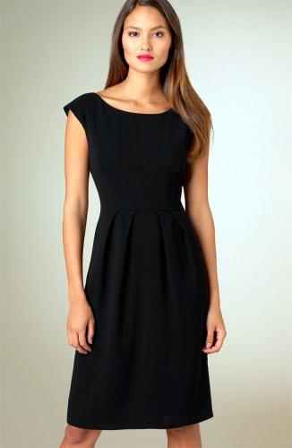 Коротке чорне плаття Коко Шанель – пишна сукня з відкритою спиною 65b41b742bc78