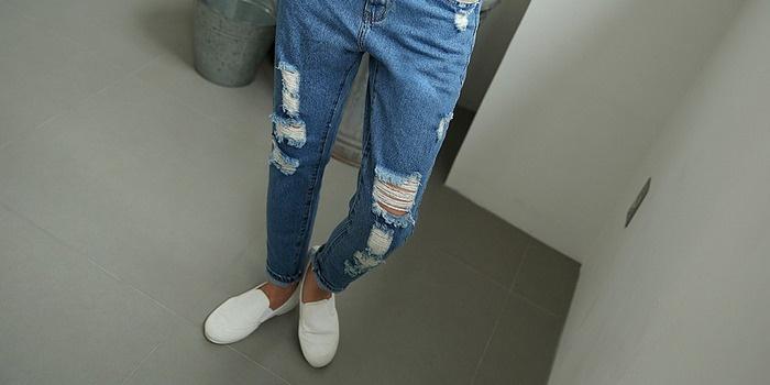 Як зробити потертості на джинсах в домашніх умовах і способи зробити ... 46e6ec635138e