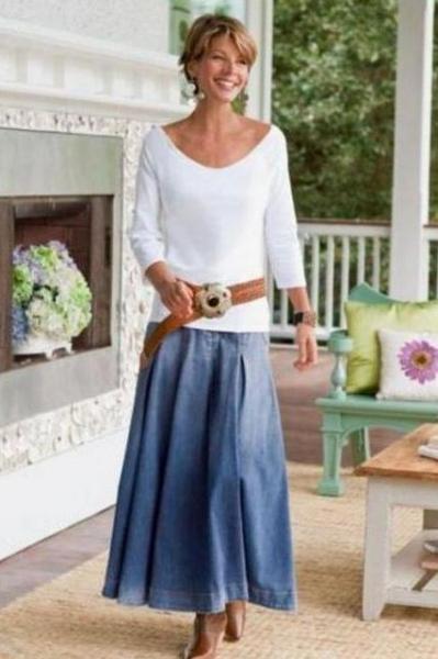 Стильная одежда для женщин после 50 лет: фото, интересные идеи для создания образов