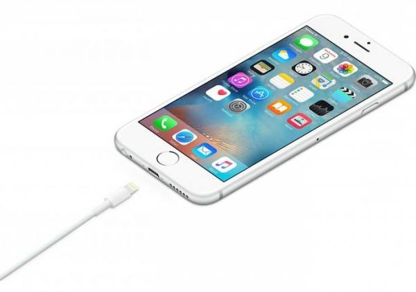 """Сообщение в IPhone: """"Этот аксессуар, вероятно, не поддерживается"""". Причины возникновения ошибки и пути решения"""