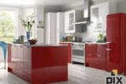 Червоний колір в інтер'єрі кухні: плюси, мінуси, фотографії