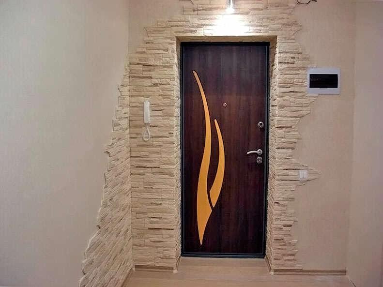 Декорируем дверной проем своими руками 85