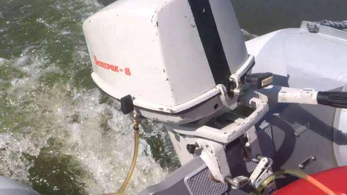 работа лодочного мотора ветерок