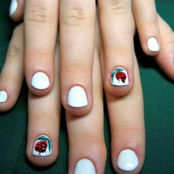 Маникюр на детских маленьких ногтях