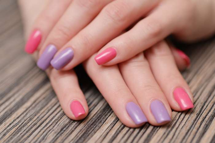 Покраска ногтей на короткие ногти