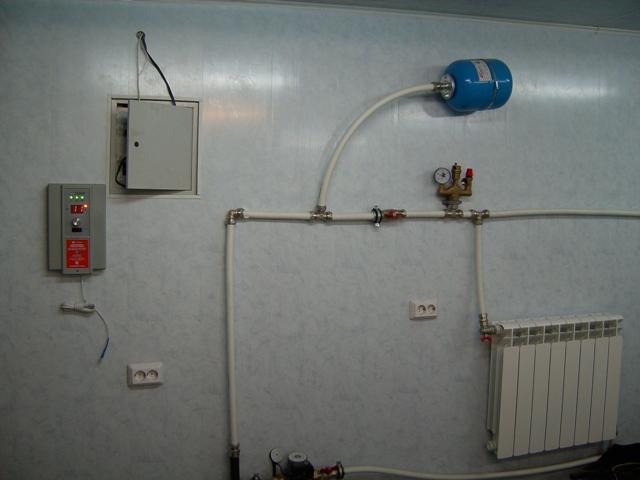 Как сделать отопление в гараж своими руками 977
