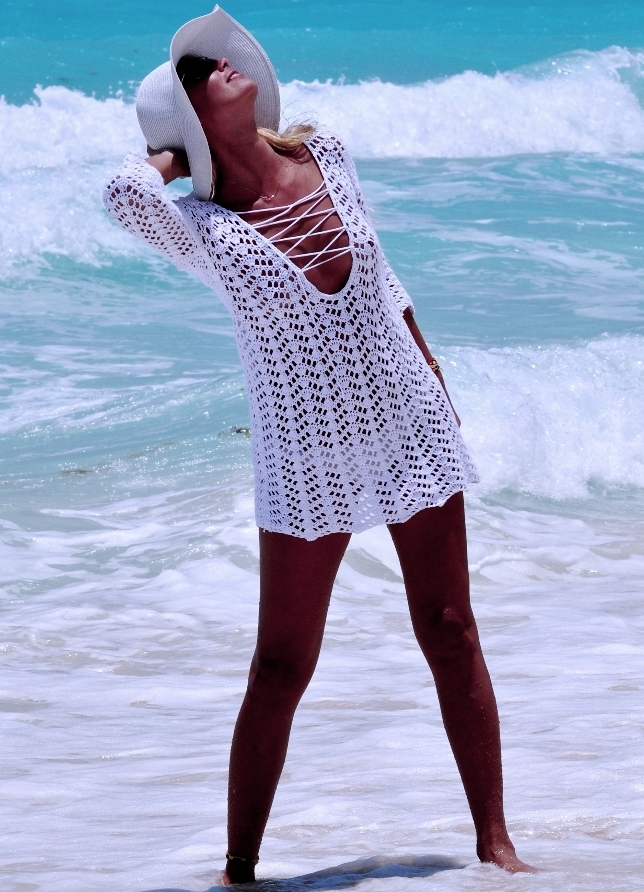 Здесь вы можете выбрать вязаные сарафаны крючком, летние туники и платья, чтобы Вязаная крючком пляжная туника с