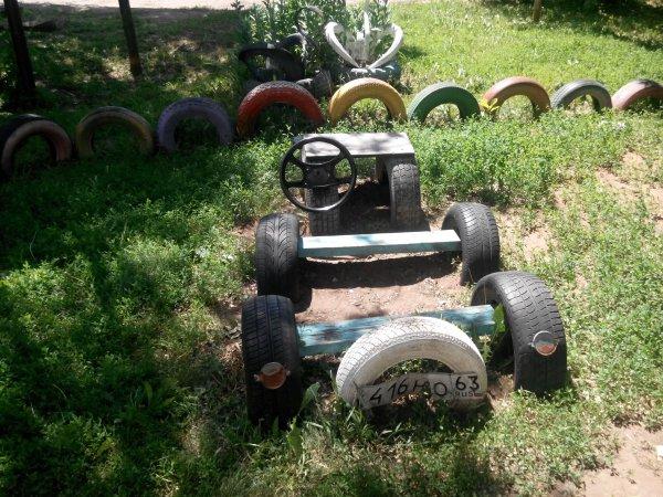 Детская машина из колес своими руками 63