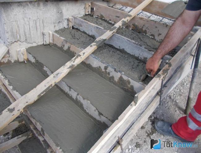 Как сделать опалубку бетонных лестниц 552