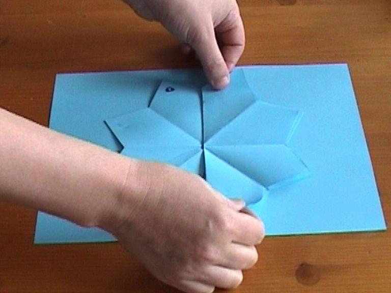 Сделать объемные открытки из бумаги видео
