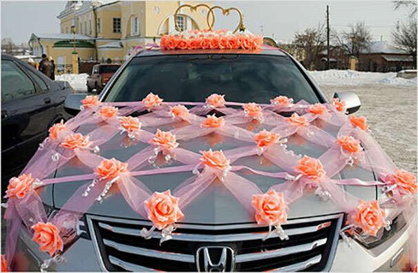 Оформление машин на свадьбу фото своими руками 68