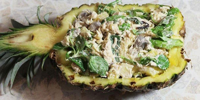 Салат с курицей и ананасом и грибами слоями рецепт с