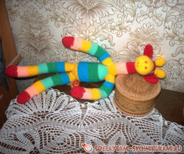 Радужный жираф сделано своими руками