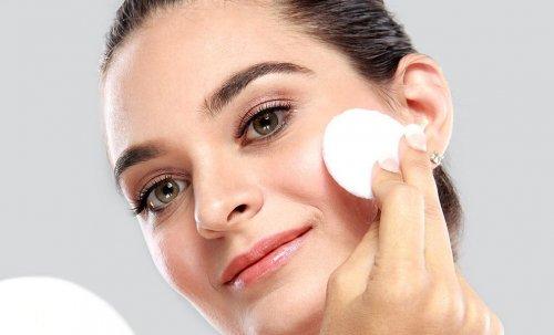 Правила догляду за жирною шкірою обличчя 503f01b5603d0