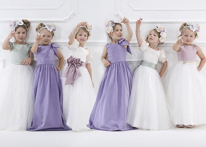 Дизайнери дитячих брендів заздалегідь подбали про туалетах для маленьких  панянок. Вони щедро обсипали паєтками 56f2c8fe41196