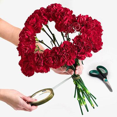 Как сделать букет из цветов из роз