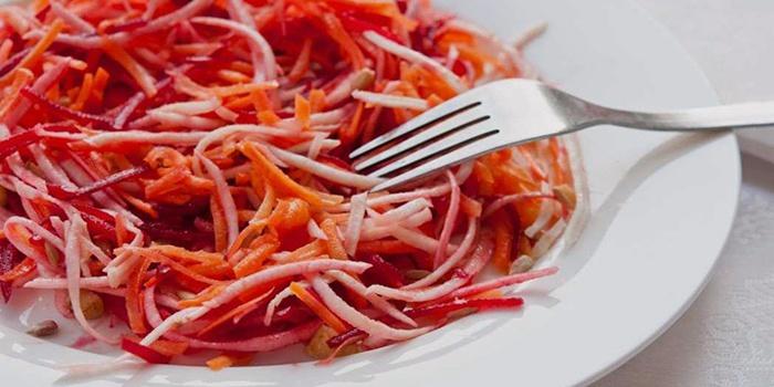 Быстрый салат капуста и свекла
