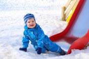 Що робити, якщо дитина лизнув залізо на морозі