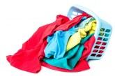 Як видалити запах на одязі і не пошкодити тканину