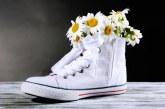 Як прибрати запах із взуття