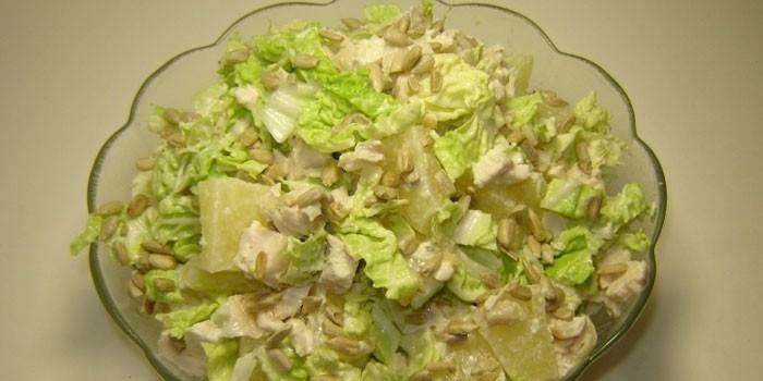 рецепт салата с капустой и ананасами и курицей и