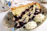 Пиріг з чорницею — як покроково приготувати за рецептами з фото і спекти в духовці або мультиварці