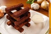 Грінки з часником — як приготувати в домашніх умовах з чорного або білого хліба за рецептами з фото