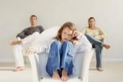Як можна спілкуватися з підлітком: помилки батьків