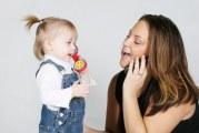 Як допомогти дитині почати говорити