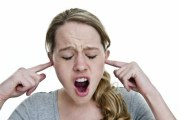 Як позбутися від раптового дзвону у вухах