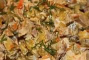 Салат Обжорка з куркою — інгредієнти і як готувати вдома з відео