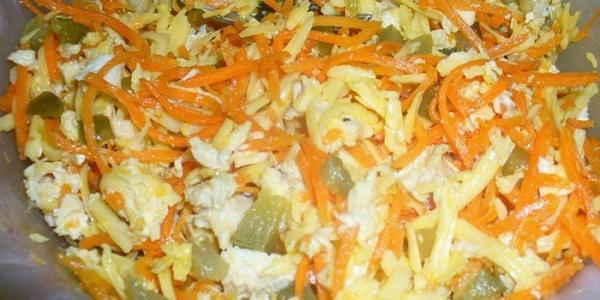 Салат обжорка с корейской морковкой