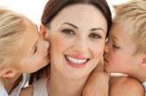 Як самооцінка матері впливає на психіку дитини