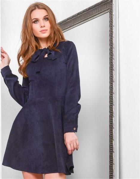 Зимние платья для женщин  фото актуальных моделей 517c47e774e86